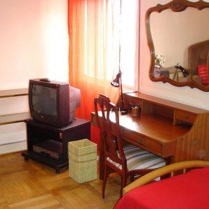 Habitación 2-4 Guzmán el Bueno 106