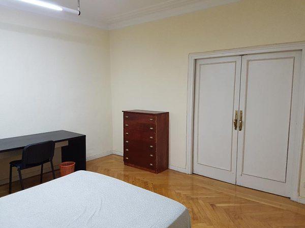 Habitación 3-3 Guzmán el Bueno 21