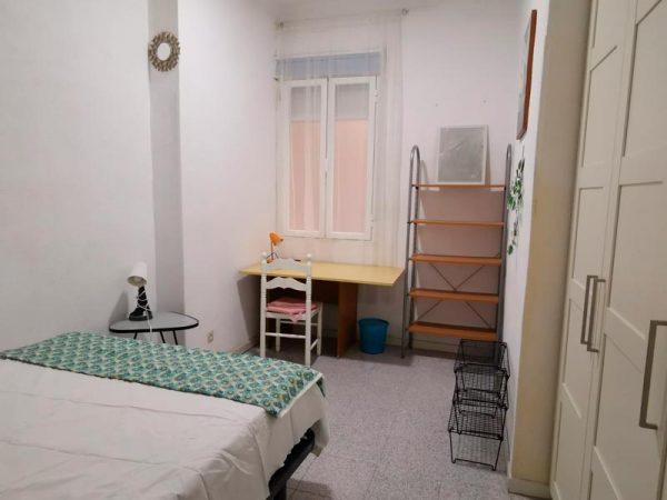 Habitación 4-2 Guzmán el Bueno 21